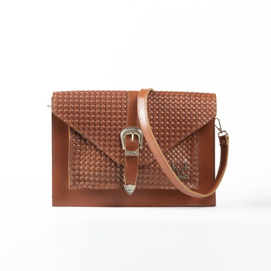 STRAW EFFECT VINTAGE CLUTCH BAG IN TAN